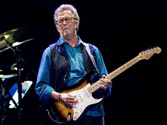 "Se Eric Clapton framföra ""Wonderful Tonight"" i San Diego"