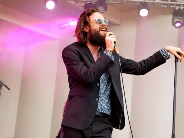 FATHER JOHN MISTY PREVIEWS NEW SONGS IN SEATTLE