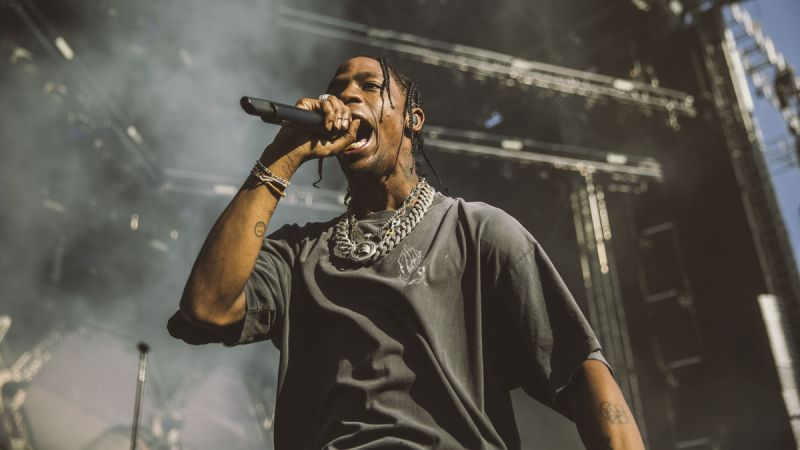 WATCH TRAVIS SCOTT PERFORM 'GOOSEBUMPS' 14 TIMES IN A ROW