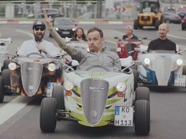 Rock am Ring 2017: driving Hot Rods with the Donots!