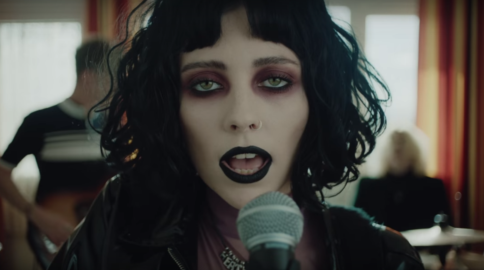 Pale Waves' New Music Video Is Here!