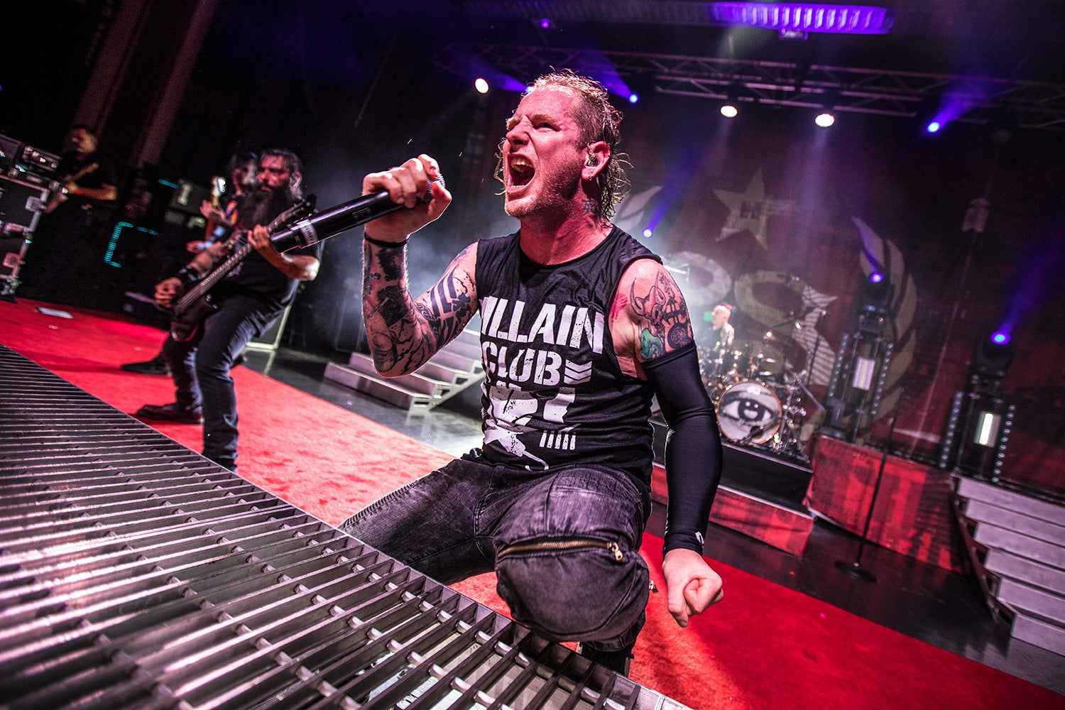 Take A Look At These Awesome Photos From Stone Sour's European Run