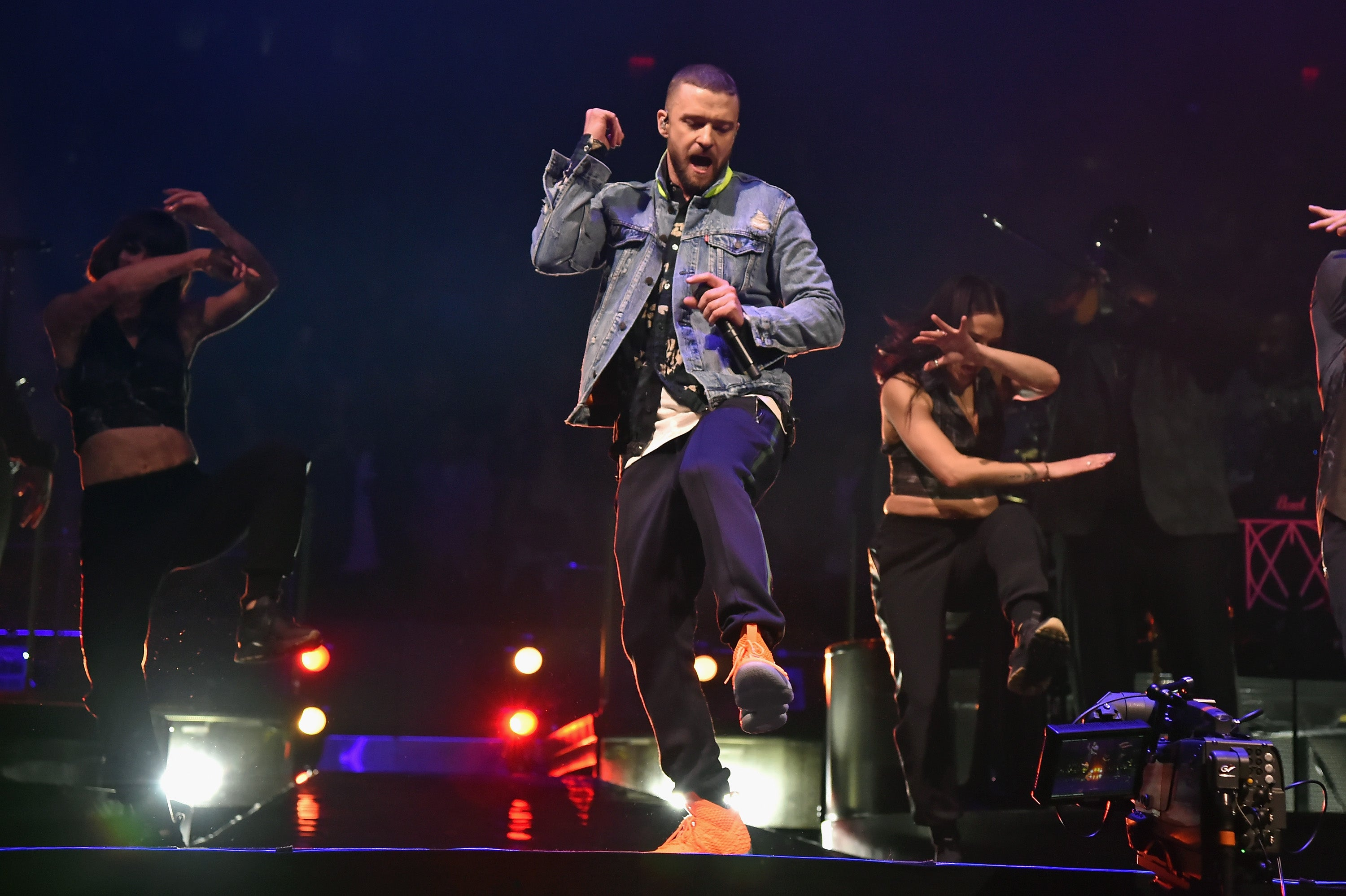 Justin Timberlake's Man Of The Woods Tour Is One Huge Party! Take A Look...