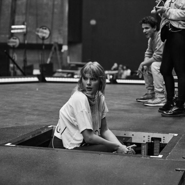 Rehearsals For Taylor Swift reputation Stadium Tour Are Go! Take A Look...