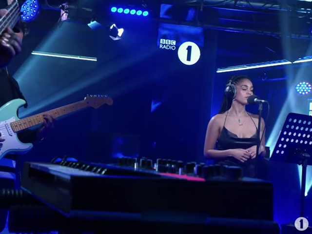 Jorja Smith @ BBC Radio 1 Live Lounge