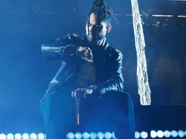 Miguel takes us behind the scenes on tour