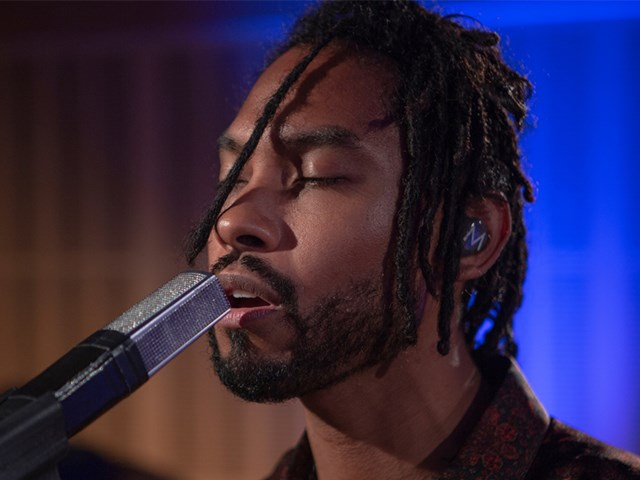 Miguel performs live on Triple J