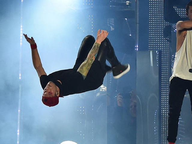 Our favourite Twenty One Pilots backflips