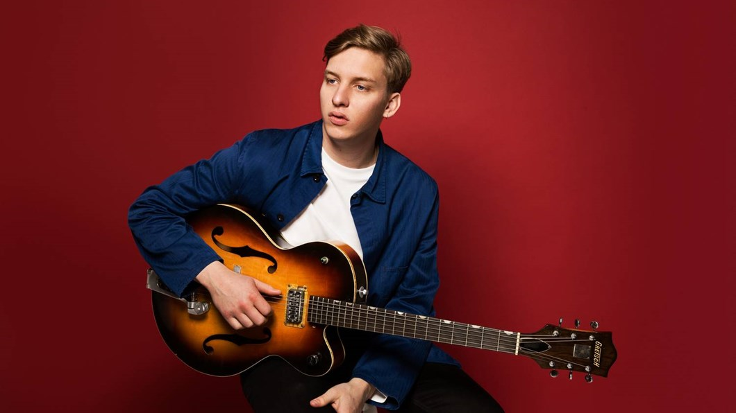 George Ezra has a new music video for Hold My Girl