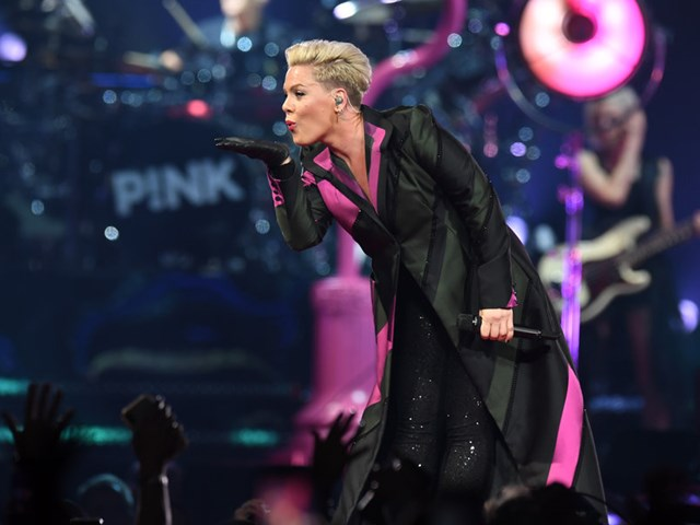 P!nk starter anden del af sin Beautiful Trauma North American Tour