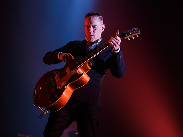 "Bryan Adams Releases New Album ""Shine a Light"""