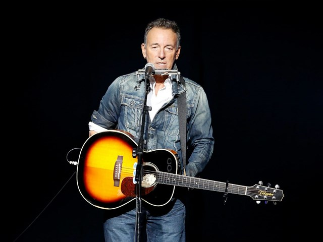 Bruce Springsteen kündigt neues E Street Band Album an.
